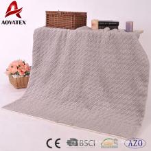 2018 novo design moda em relevo cobertor de malha micromink