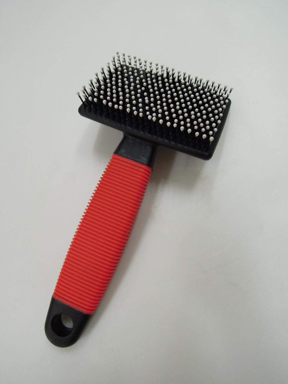 Gumowy uchwyt T Shape Plastic Slicker Brush