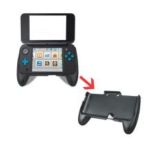 Novo suporte de mão do controlador para Nintendo NOVO 2DSLL Console de jogo / controlador Suporte de suporte Bandeja de punho com suporte Clip Portab