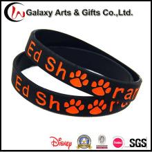 El caucho al por mayor de la promoción de encargo hizo una marca del logotipo de la pulsera del silicón