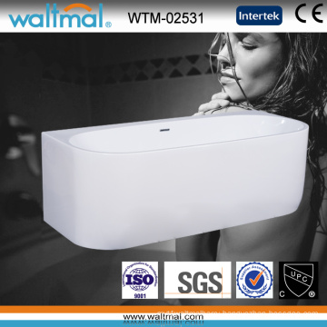 Special Design Wall Against Free Standing Bathtub