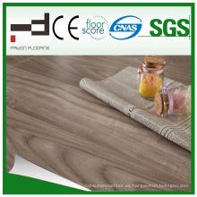 12 mm de roble blanco aceitado V-biselado estilo europeo impermeable al agua piso laminado
