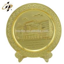 New design professional home decor 24k shine gold plated round shape souvenir metal plates