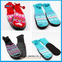 Chaussettes à rayures antidérapantes chaudes à l'intérieur et à l'extérieur Fuzzy Thick