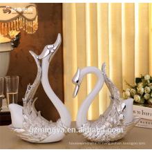 Couple cadeaux maison garniture produit polyresine matériel aimant couple cisne figure pour décoration intérieure