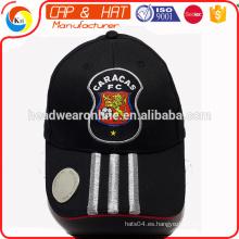 Gorra de béisbol personalizada OEM con abridor de botellas de cerveza