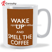 Taza de cerámica barata de encargo caliente de la leche del desayuno