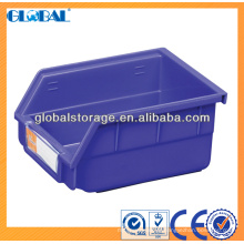 Empilhando caixas de armazenamento (itens pequenos de armazenamento)