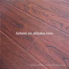 Поверхность EIR имитирует покрытие деревянных полов крытым / легким щелчком ламината