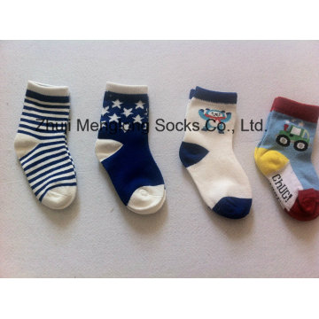 Горячие продать милый ребенок мальчик хлопчатобумажные носки с нейлоном покрыты пряжи