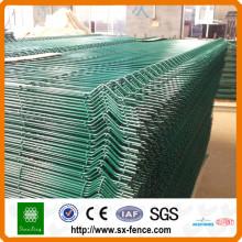 Recinzione a pannelli 3D con rivestimento in PVC