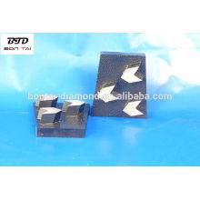 Bloque de cuña de diamante con 3 (tres) segmentos de forma de flecha