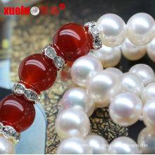 Collier de perles chinoises à l'eau douce et design simple avec de l'agate