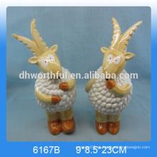 2016 estatua de cabra de cerámica encantadora, decoración de cabra de cerámica, estatuilla de cerámica de cabra