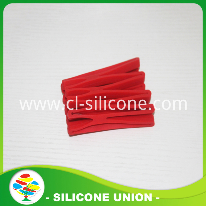 Hollow silicone coaste