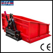 Transportbox für Traktoren in landwirtschaftlichen Maschinen