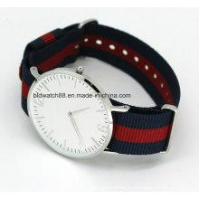 Relógio de faixa de nylon fino de esportes de aço inoxidável quente para homem mulher