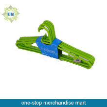 hot sale green 6pc plastic hanger