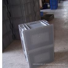 Recipiente plástico empilhável adequado para armazenamento em armazém