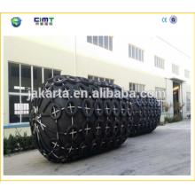 2015 Año China Top Marca Cylindrical remolcador barco marino guardabarros de goma con cadena galvanizada hecho en china