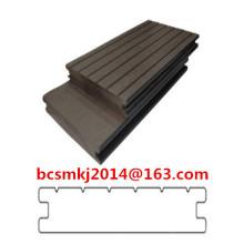 Decking composé en plastique en bois de longue garantie pour le plancher imperméable extérieur
