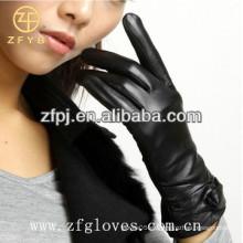Guantes de piel de señora moda y guantes de oveja