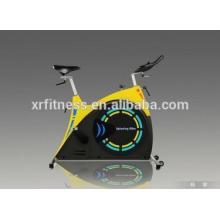 Bicicleta de ejercicio de giro de la máquina de cardio de moda