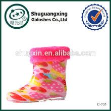 fábrica de zapatos de moda lluvia de niños para invierno caliente uso/C-705