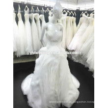 Sweetheart Gowns Bare Shoulder Beaded Organza Ruffles Layers Button Decoração Vestido de casamento 2015 Ball Gown