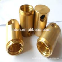 Torno CNC de China e peças de latão branqueadas