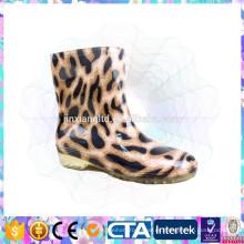 Botas impermeables baratos populares de la goma