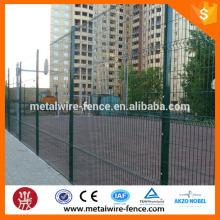 Revestimiento de PVC 3D valla de malla de alambre / soldado paneles de valla de jardín