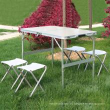 Uso general de los muebles al aire libre y tipo de metal plegable de aluminio que cena la tabla 1pcs con las sillas 4pcs