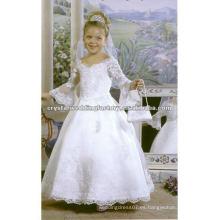El cordón largo superventas de la manga rebordeó el desfile del vestido de bola appliqued los vestidos por encargo de la muchacha de flor CWFaf3915