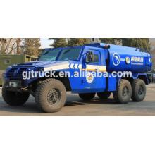 Tous conduire le camion militaire de réservoir de carburant / camion militaire de réservoir d'huile