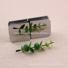 Frascos de cristal de la ducha de calidad superior con clip de latón con un costo razonable
