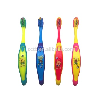 2018 best selling high quality children kids novelty toothbrush for dental care