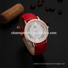 Heiße verkaufende personifizierte einfache Art- und Weisequarz-Armbanduhr SOXY009