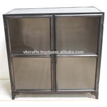 Puertas de vidrio del color oscuro del gabinete industrial del vintage