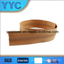 No. 5 Resin Zipper/Long Chain Plastic Zipper for Sales