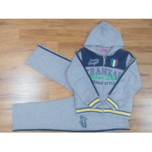 Kids Boy Sports Suit for Children′s Apparel