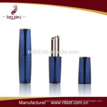 Custom empty Luxe aimant tournant à lame à lèvres porte-verre plastron en plastique fabricant en gros