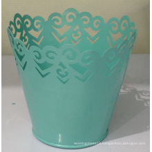 Nordic lace trim flower bucket