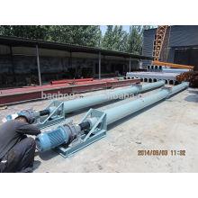 Transporteur industriel à vis à ciment avec silo