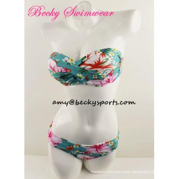 New Fashion Bikini Swimsuit for Lady Bandeau Twist at CF