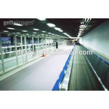 Caminhada em movimento de alta segurança para o aeroporto