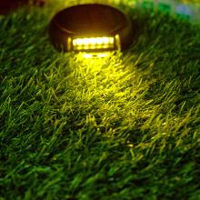 Las luces solares subterráneas están libres de cableado durante todo el año con cero electricidad.