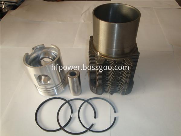 Cylinder liner piston kit