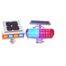 Luz de advertência solar do sinal de tráfego
