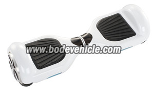 Wholesale twin wheel electric skateboard with LED lighting